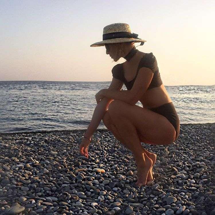 Актриса Ирина Гринева продемонстрировала идеальную растяжку