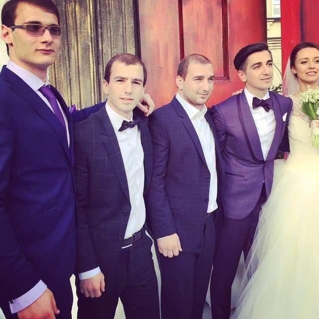 Звезды проекта Follow Me сыграли сказочную свадьбу