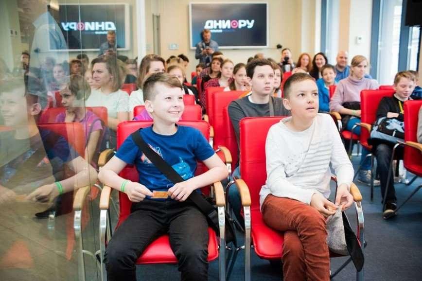 Как развить финансовые привычки и предпринимательские навыки у детей, расскажут на Семейном финансовом фестивале