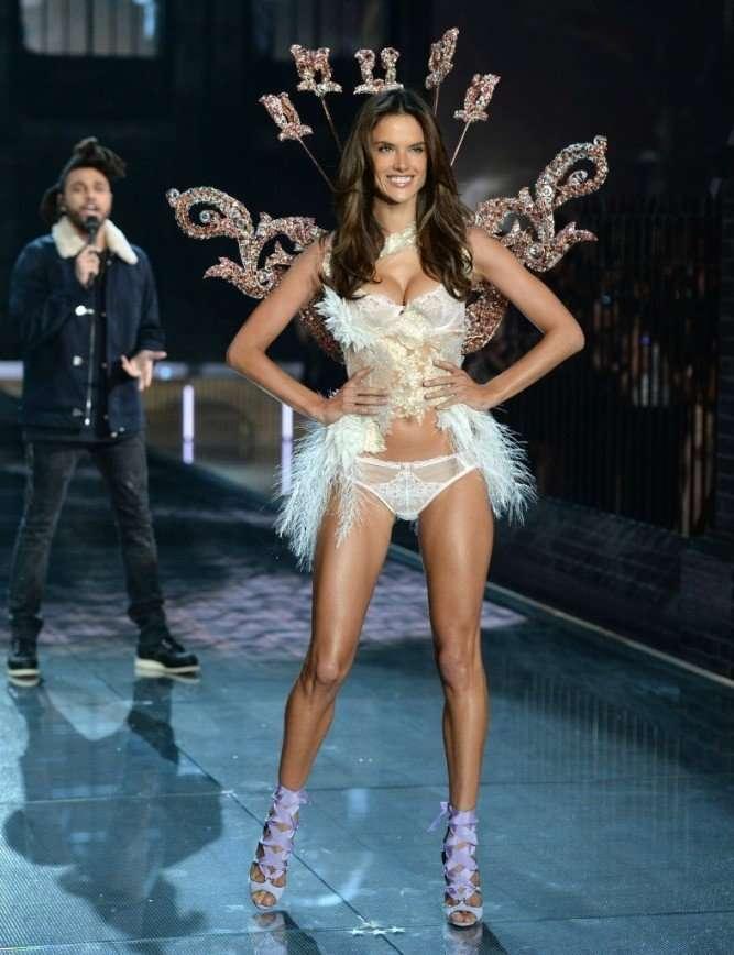 Юбилейное шоу Victoria's Secret в Нью-Йорке