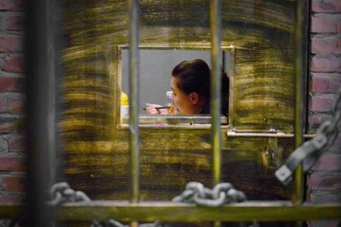 Экстремальный ресторан в виде тюрьмы в Тяньцзине
