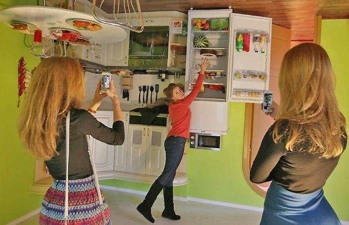 Дом-перевертыш появился в России