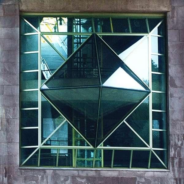 Геометрия в архитектуре. Квадрат.