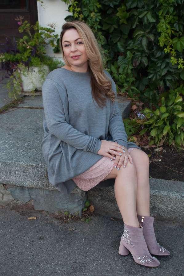Сукня-светр — модна паличка-виручалочка для осінньо-зимового сезону. І в  бенкет 70d1f391ab78d